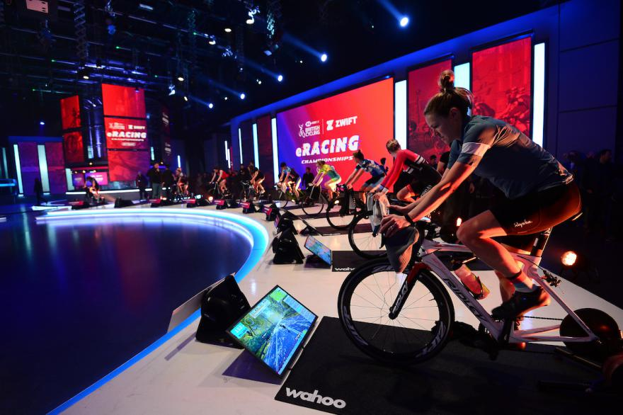 eracing, zwift, wahoo, trainers, indoor