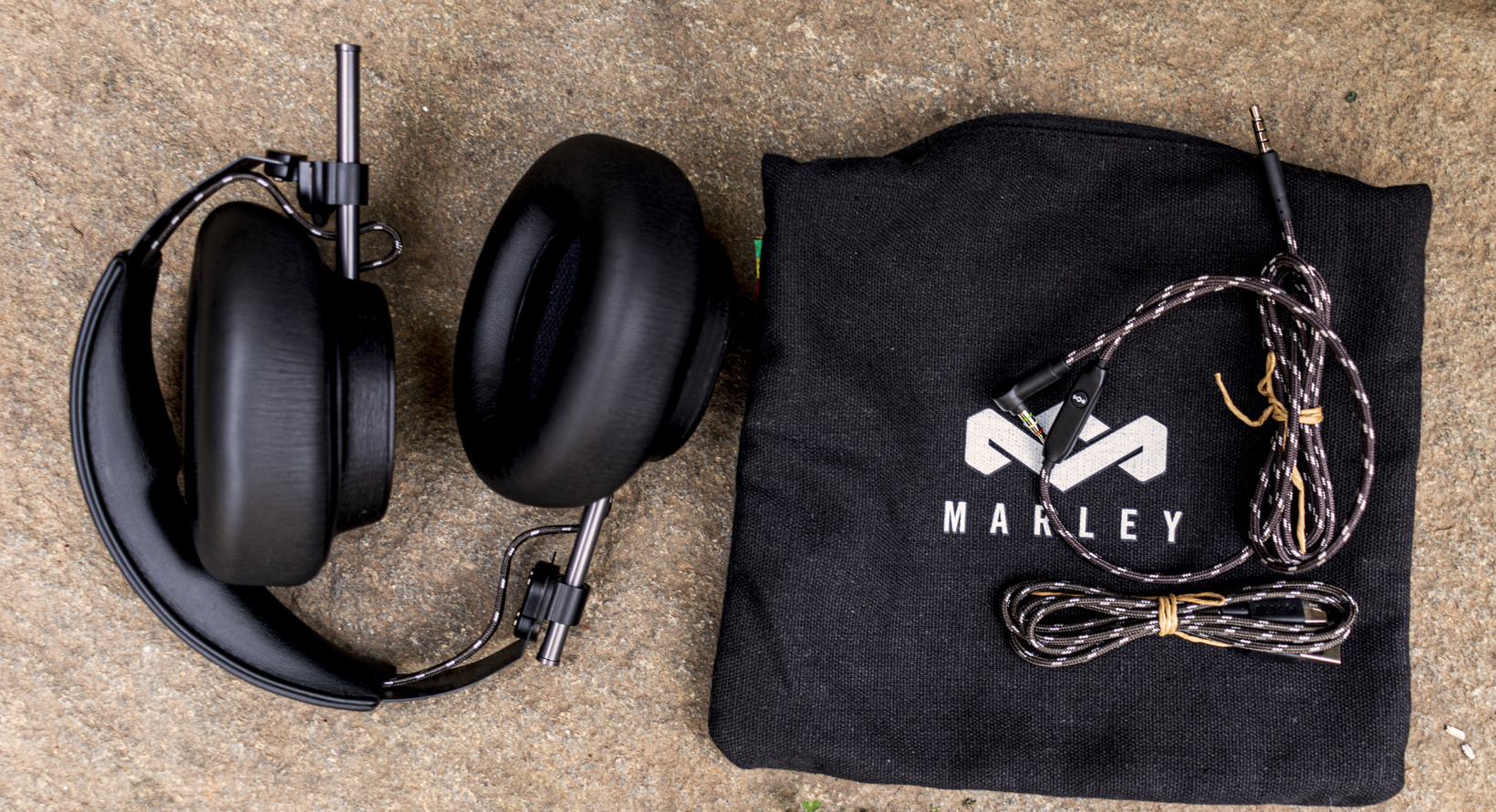 The Exodus ANC headphones come with a cloth case and braided cables