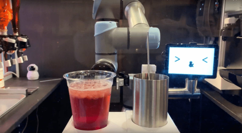 Bartenders watch out: A robot server in Tokyo can make cocktails in one minute