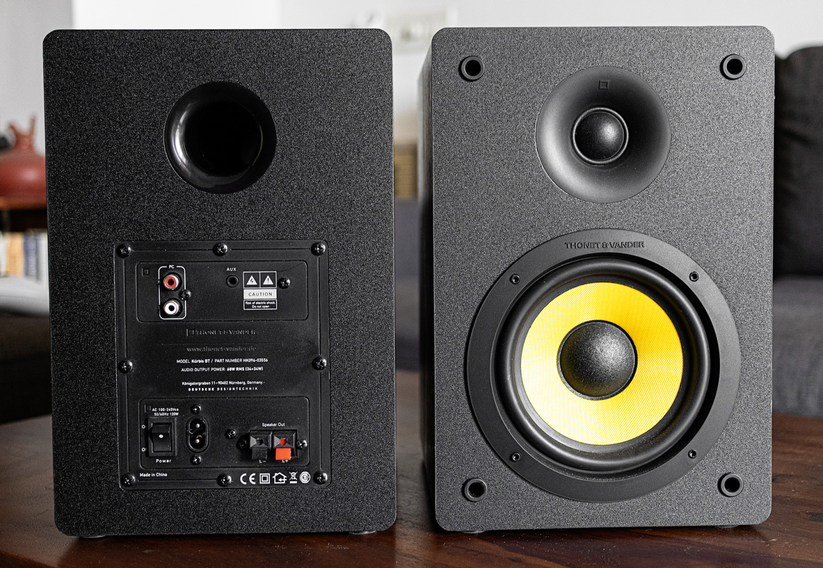 The Kubris speakers have their inputs and power switch on the back, which isn't ideal