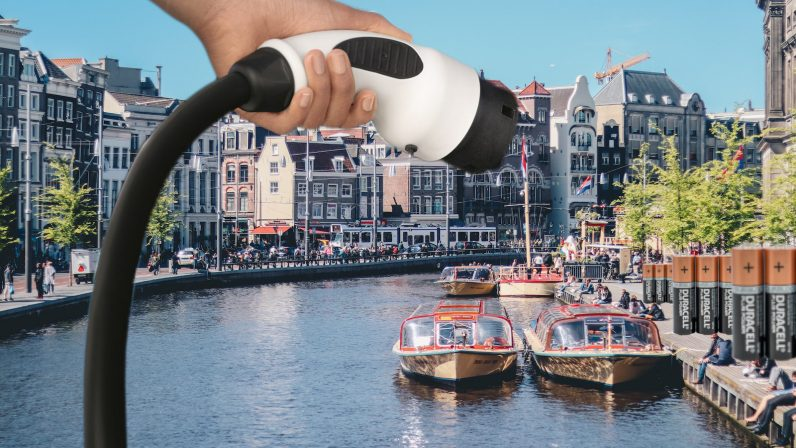 electric boats, amsterdam, transport, ev, charging, regulations, bans