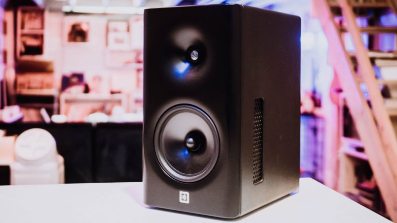 Dutch & Dutch 8c Review: Super high-end speakers with the best bass I've ever heard - the next web