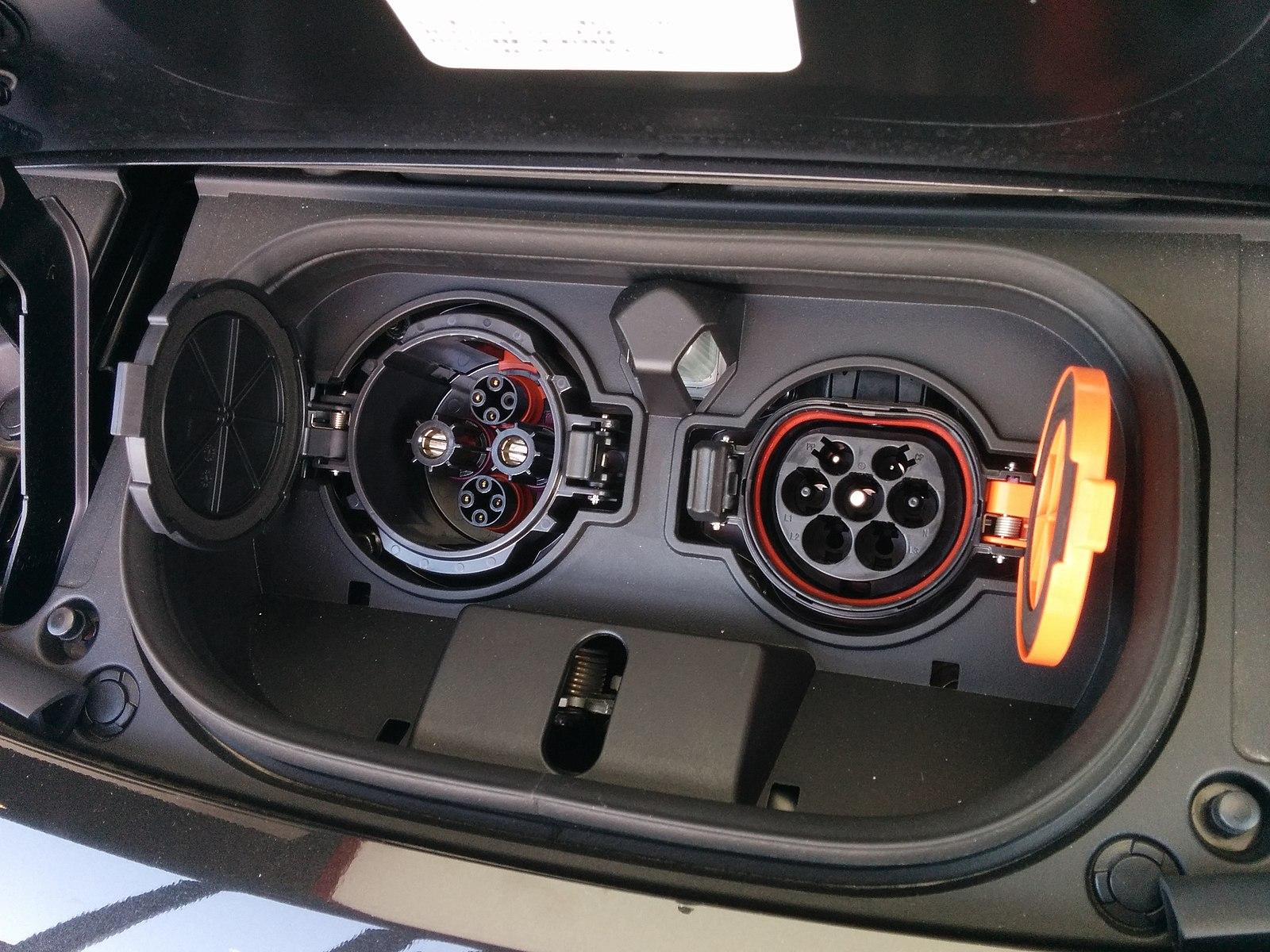 CCS, chademo, type 2, charging, car, ev, nissan leaf,