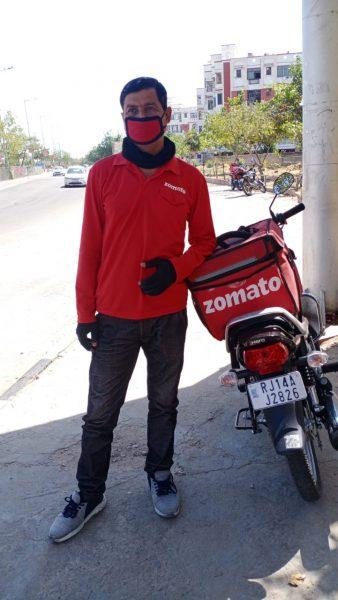 آمازون خدمات رقابتی غذا را در هند برای رقابت با Zomato و Swiggy راه اندازی می کند
