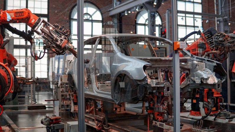 UK automotive production at lowest level since WW2, to cost industry $15B
