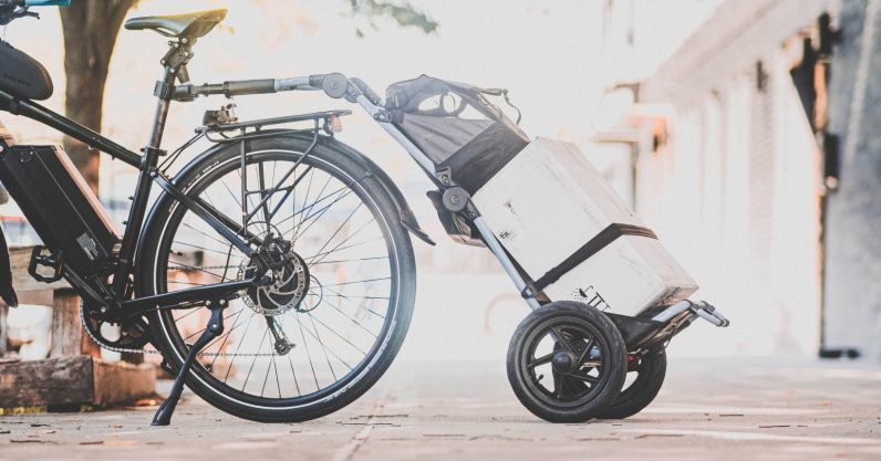 Review: The Burley Travoy is an almost-perfect bike trailer for city life