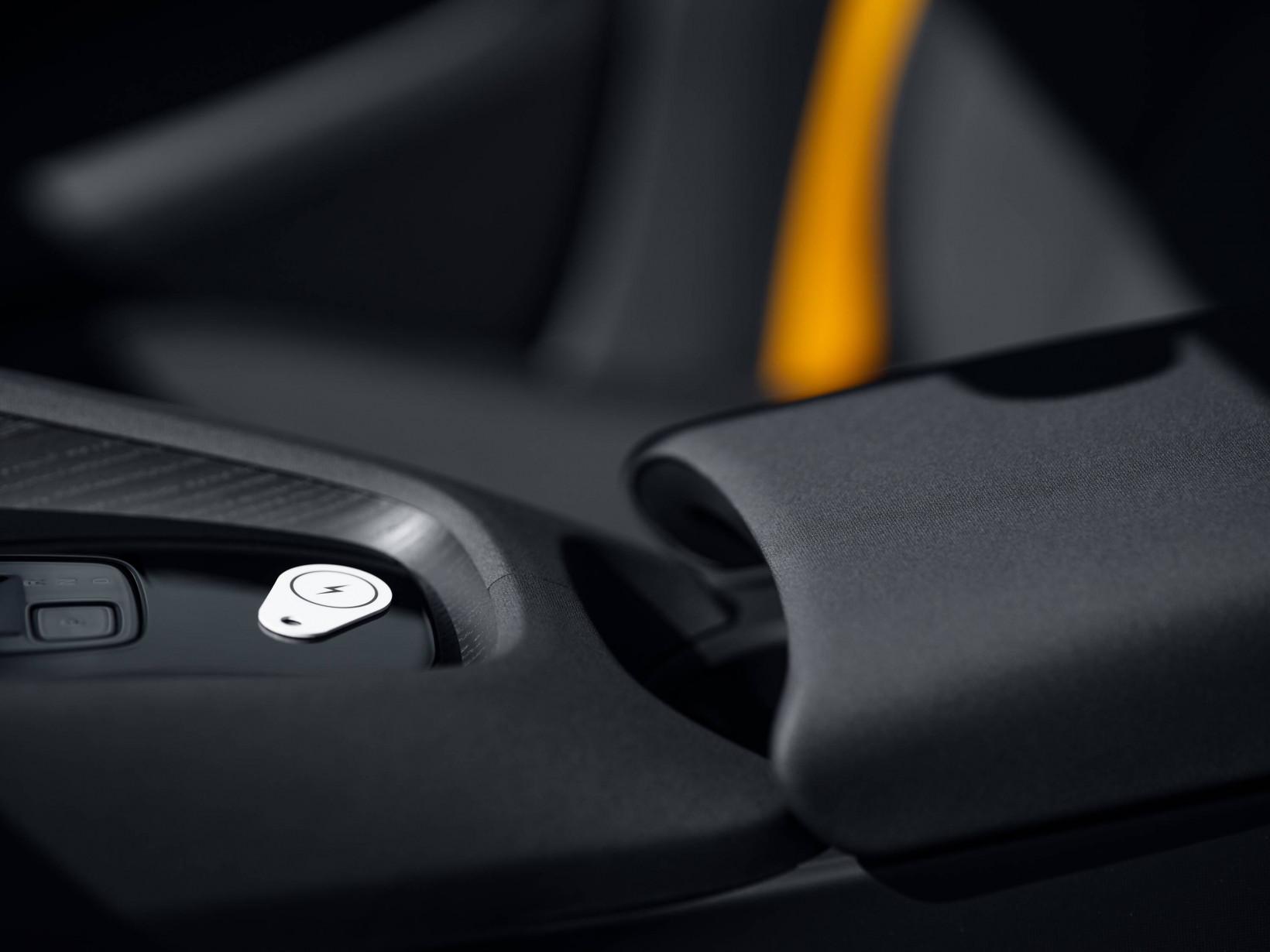 Polestar 2, vehicles, cars, plugsurfing, charging, network