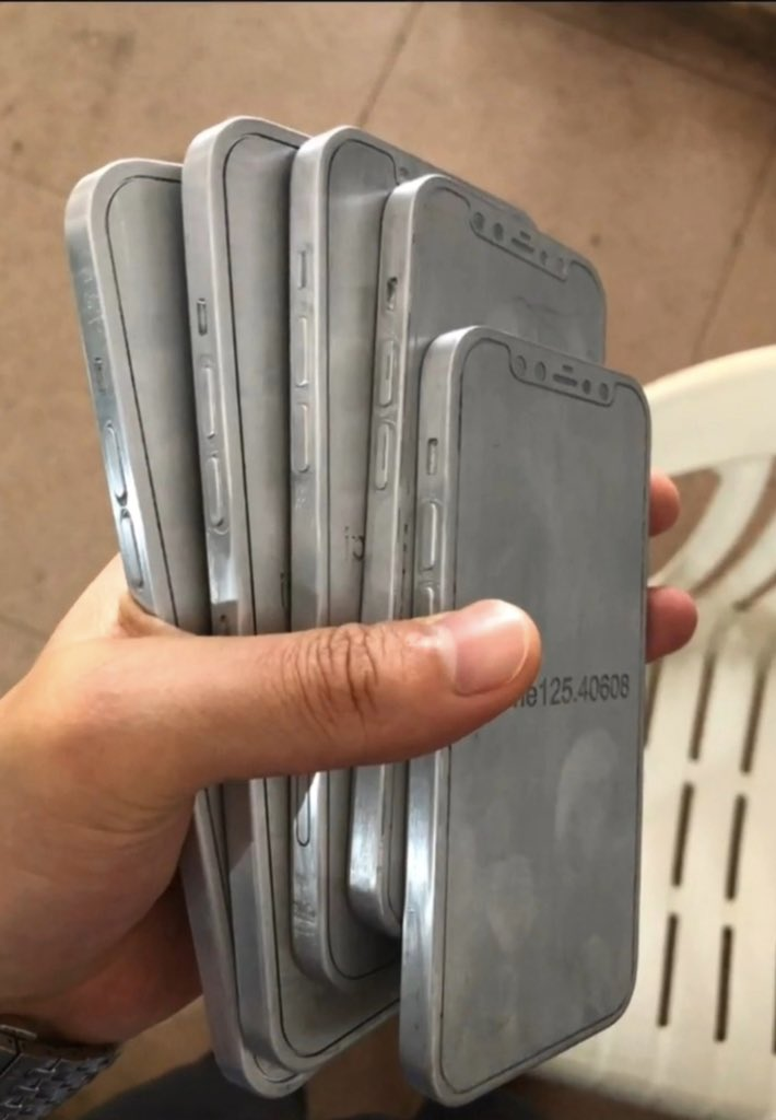 leaked iphone 12 molds side