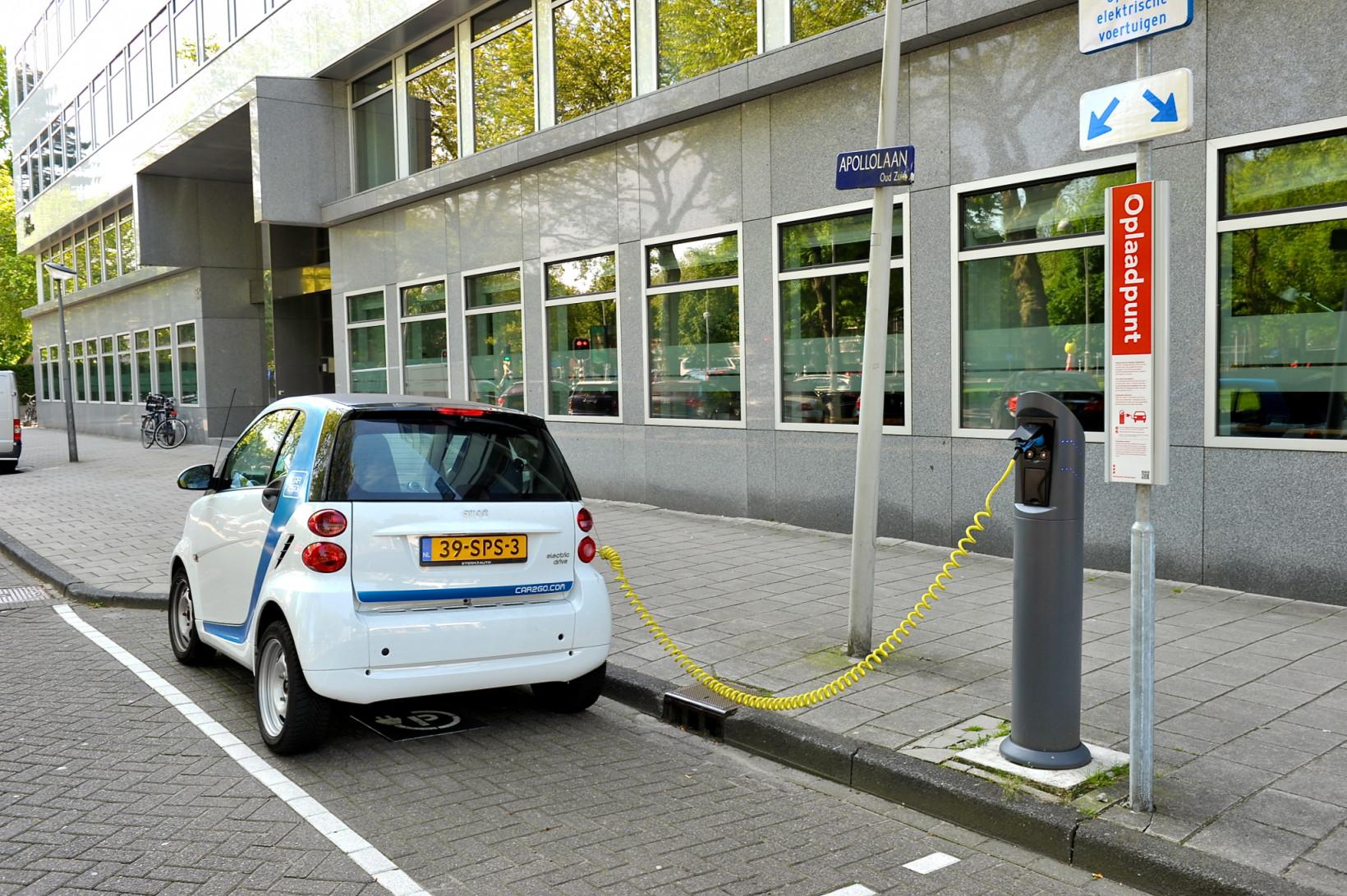 Car2Go EV in the Netherlands طرفداران EV فقط 8 روز کمک هزینه وسیله نقلیه برقی دولت هلندی را 10 میلیون یورو کاهش می دهند