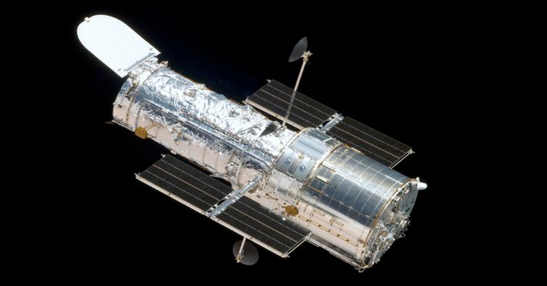Hubble's first observation of a total lunar eclipse could help us find alien life
