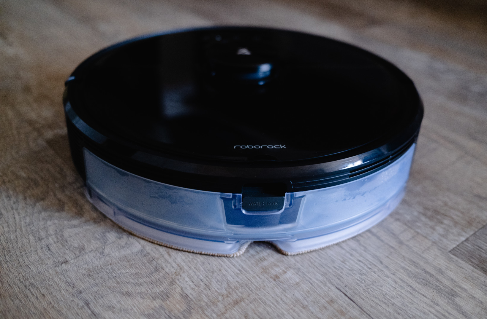 Roborock's S6 MaxV robot vacuum is too smart to do the dirty work