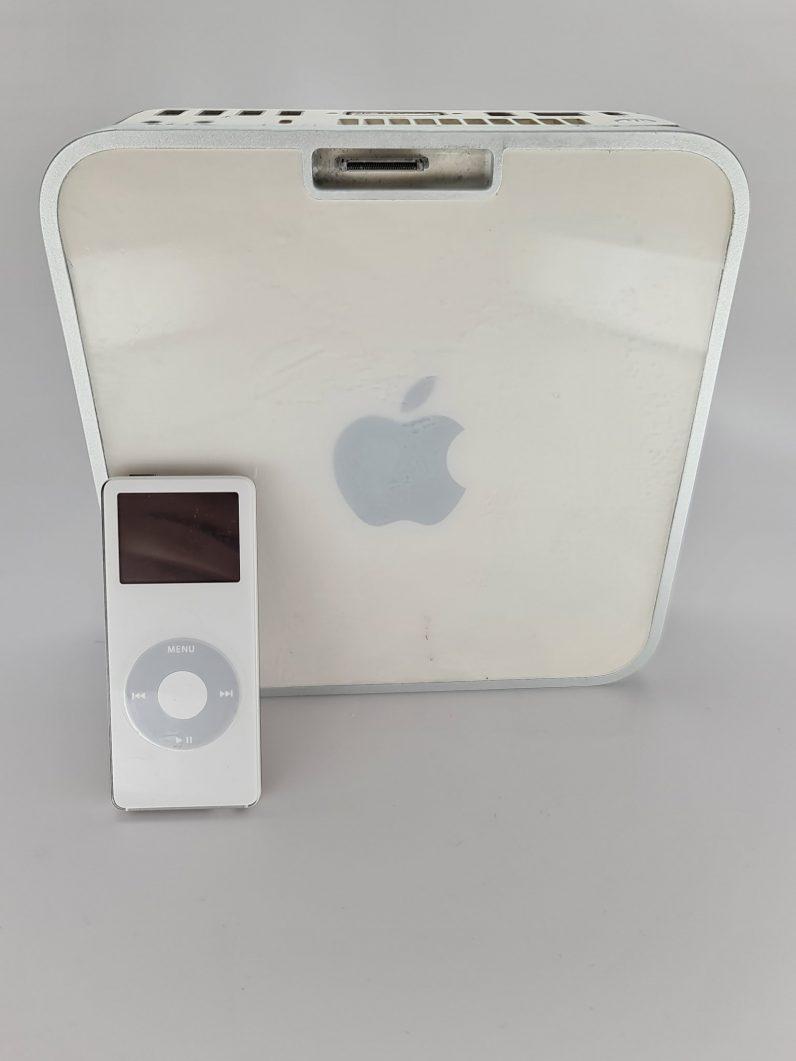 mac mini with an ipod dock 2