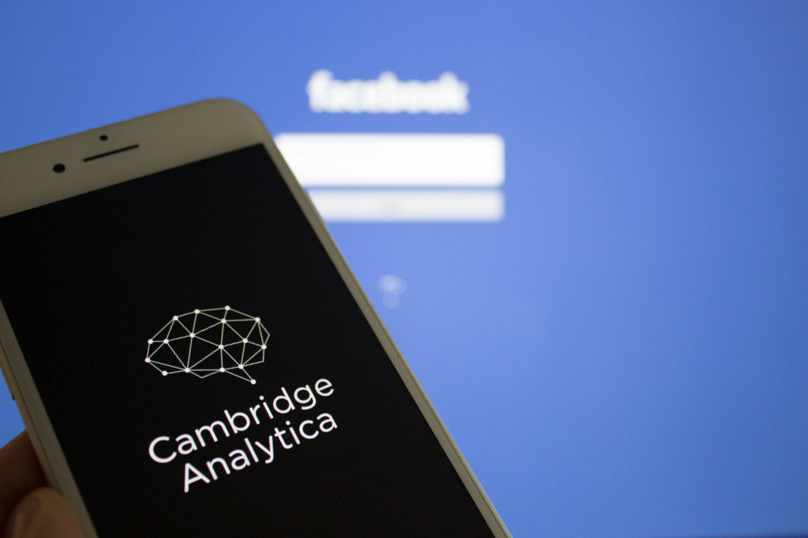 Honey traps and bribery: Ex-Cambridge Analytica CEO slapped with 7-year directorship ban