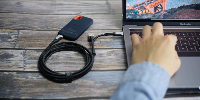 iPhone or Google Pixel? This 6-in-1 universal charging cable works with pretty much any smartphone
