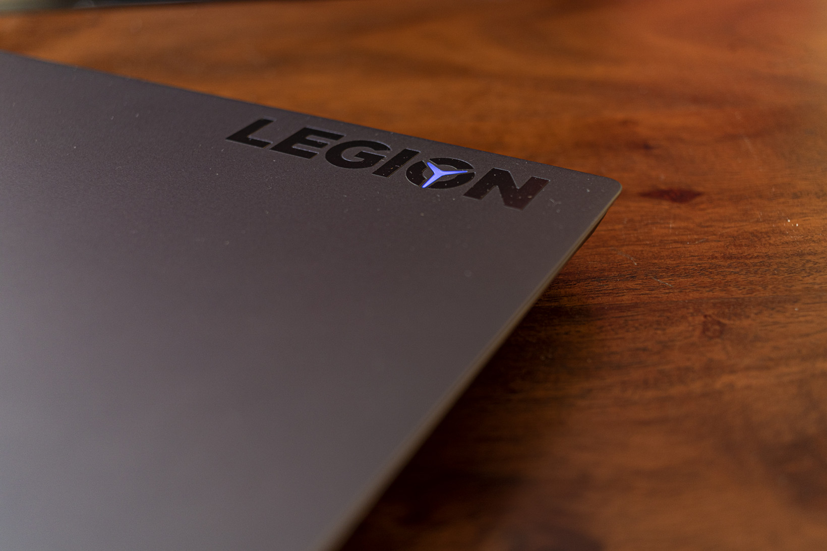 The Lenovo Legion 7i gets a neat badge on the lid, with an inset LED that you can configure