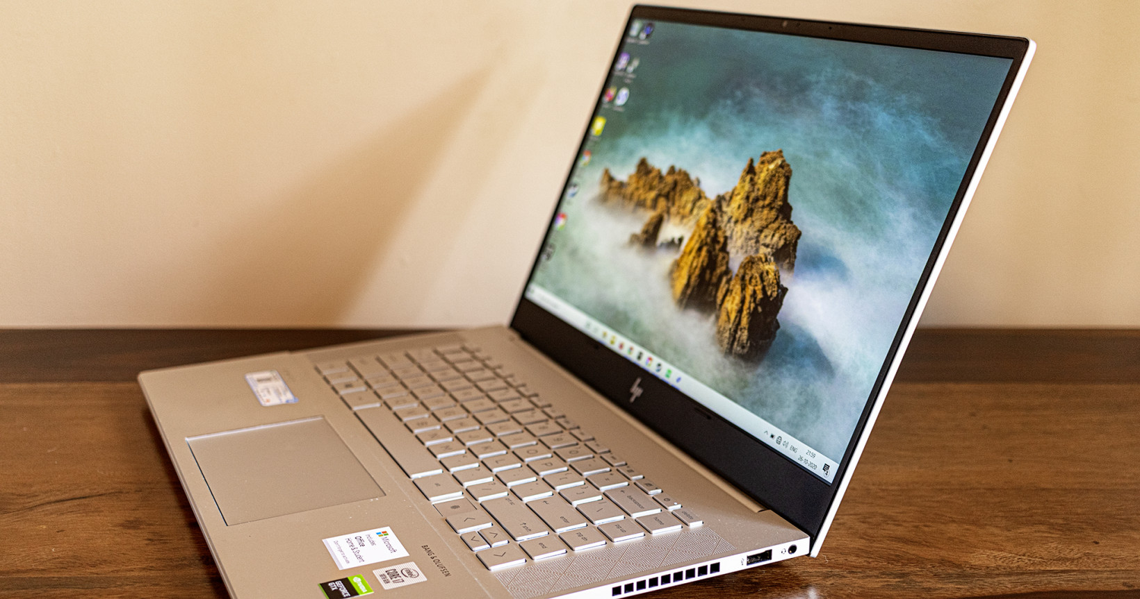 HP Envy 15 review: A powerful content creator's laptop without the bulk