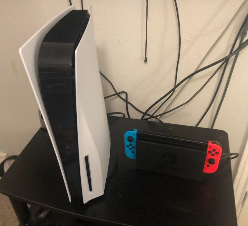 PS5 vs Switch fastest selling console