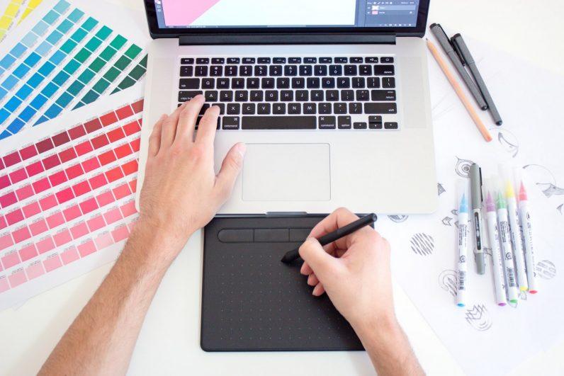 Esta capacitación de Photoshop, Illustrator e InDesign puede convertirlo en un profesional del diseño gráfico.