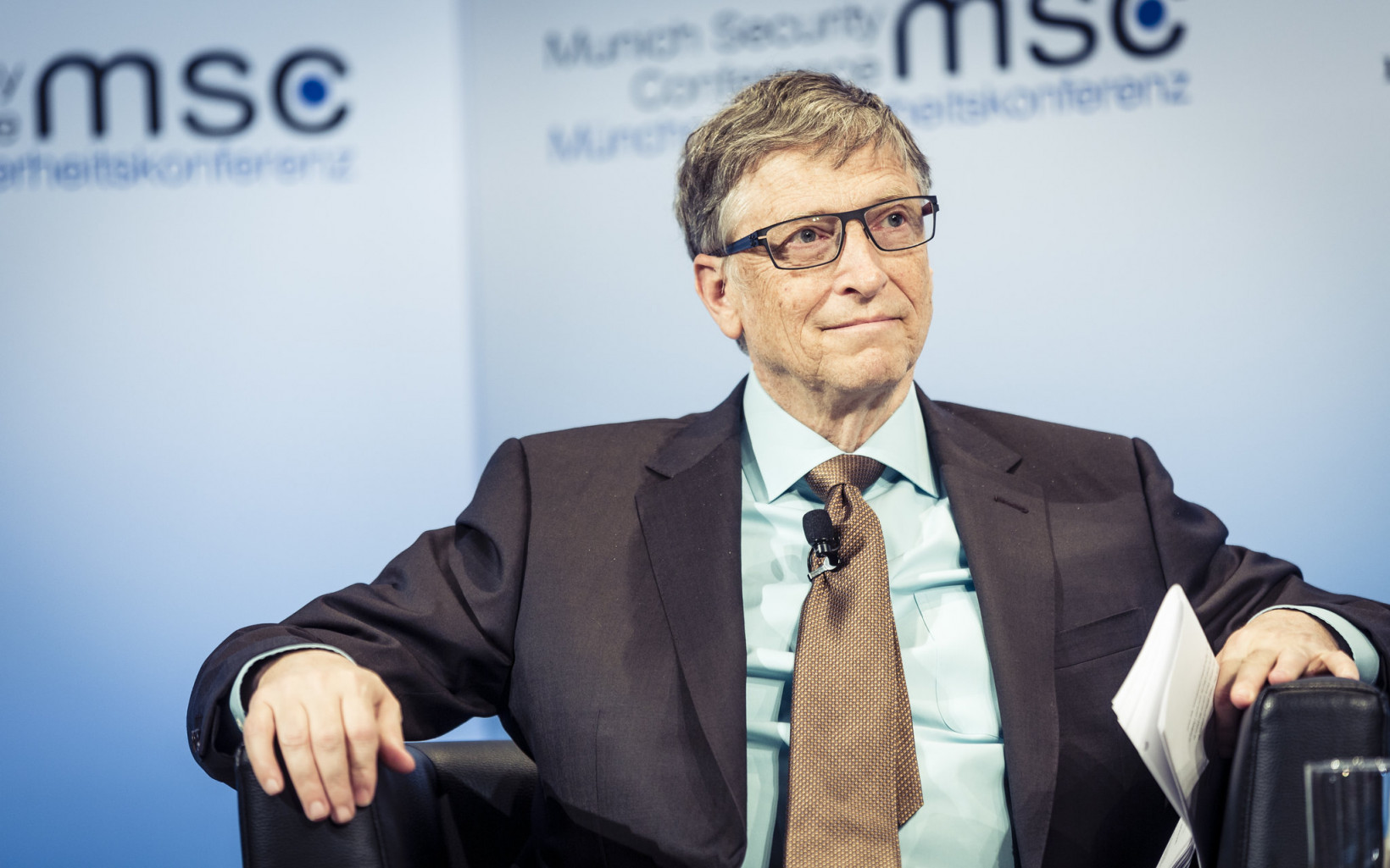 Microsoft co-founder Bill Gates is a 'moderate' polluter by billionaire standards