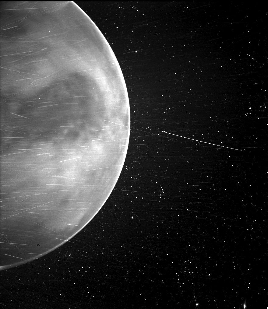 Using WISPR, the Parker Solar Probe found unexpected features both on, and above, the surface of Venus.