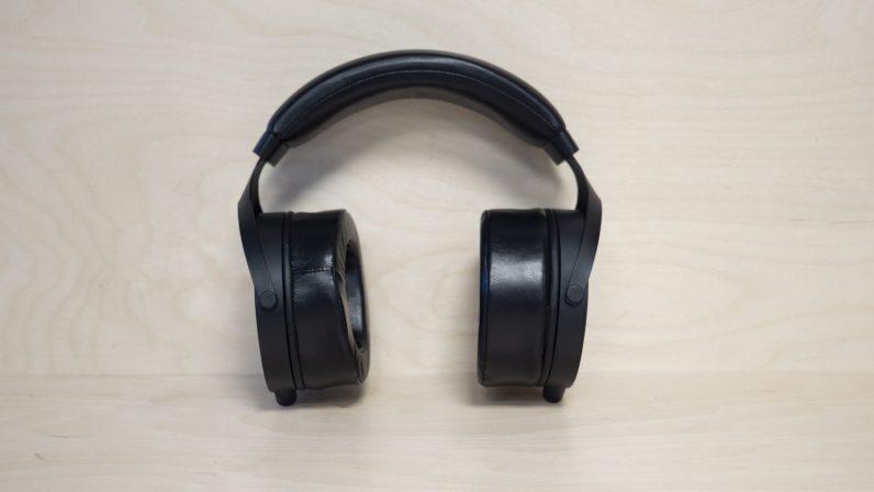 monolith m1070 headphones