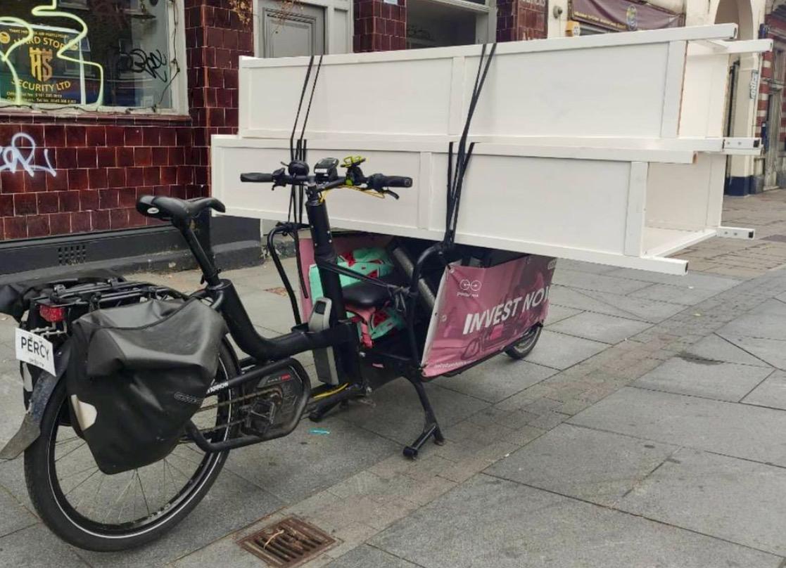 bicicleta de carga entrega muebles