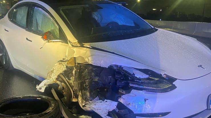 Tesla crash Autopilot Orlando Florida
